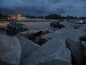 This is a place in Jerudong Beach with an unofficial name as Batu. So called as there are huge boulders (batu is Malay for rock). It is a man-made spit popularly frequented by fishermen and the general public alike. This very poor pic was taken at dusk.